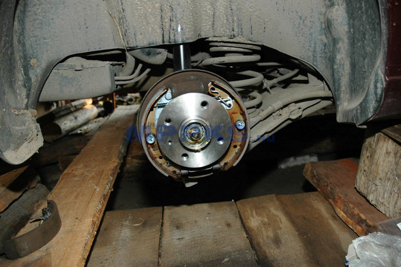 Запчасти на Ланос: ступица колеса thumbnail
